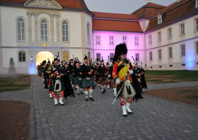 Gordons on Parade 2015 Einmarsch Massed Pipes and Drums